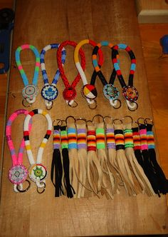 some of my beaded keychains. Native Beadwork, Native American Beadwork, Loom Patterns, Beading Patterns, Beading Ideas, Beaded Earrings Patterns, Beaded Necklaces, Wire Earrings, Beadwork Designs