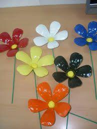 Image result for flores con botellas de plastico