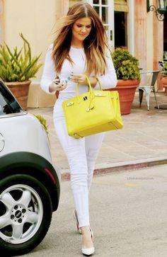 Khloe Kardashian omg she looks perf in white Khloe Kardashian Style, Koko Kardashian, Kardashian Jenner, Kardashian Fashion, Celebrity Outfits, Celebrity Style, Casual Outfits, Fashion Outfits, Inspirational Celebrities