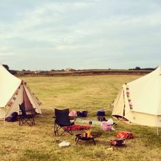 Bell tents. Glamping with Glampit.com