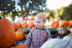 Rachel Sweatt Photography #fall #pumpkinpatch #pumpkins #familyphotography