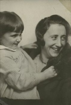 edith with margot.