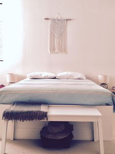Macrame hanger by TEX MB.