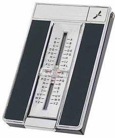 Le repertoire téléphonique   C'est très idiot, mais qu'est-ce que j'ai pu jouer avec cet accessoire (au grand désespoir de mon paternel).