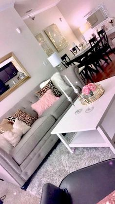 34 Excellent living ideas for girls - apartment decor Living Room Decor Cozy, Home Living Room, Living Room Designs, Bedroom Decor, Master Bedroom, Modern Bedroom, Bedroom Ideas, Bedroom Designs, Girl Bathroom Decor