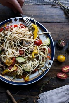 Flavorful roasted veggie gluten free pasta.Simple, healthy and affordable l Stefani Weiss #vegan #glutenfree #veggie #pasta #recipe