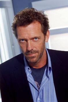 Hugh Laurie OBE, né le 11 juin 1959 à Oxford, est un acteur, producteur, musicien et écrivain britannique.