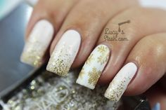 Festive White and Gold Glitter Gradient & Snowflake Nails, stamping nail art using MoYou plate