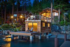 タホ湖に面した開放的な邸宅