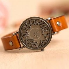 Stylish Quartz Watch with Analog Indicate Solid Digit Cow Leather Watch Band for Women