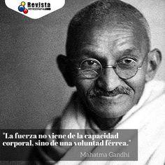 Compartimos esta frase del luchador y valiente Mahatma Gandhi!  Coméntanos a qué autores te gustaría ver en nuestra galería.  #Frases #Cultura #Paz #Reflexión