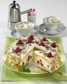 Unser beliebtes Rezept für Himbeer-Pannacotta-Torte und mehr als 55.000 weitere kostenlose Rezepte auf LECKER.de.