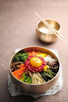 Bibimbap is a beautiful bowl of yum