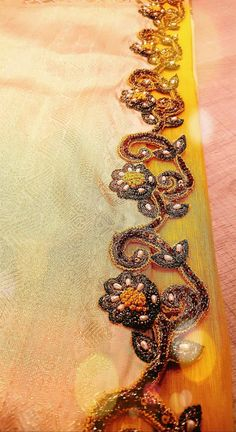 Kucchu Saree Tassels Designs, Saree Blouse Designs, Hand Embroidery, Embroidery Designs, Saree Border, Yellow Sun, Sarees, Mustard, Projects To Try