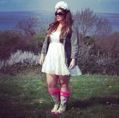 Forever Fabulous in Bows   Community Post: 7 Incredible Plus Size Fashion Bloggers You Should Be Following