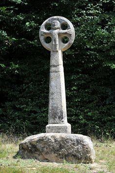 Croix romane de Rouzeyrol - Corrèze   par Philippe_28 (maintenant sur ipernity)