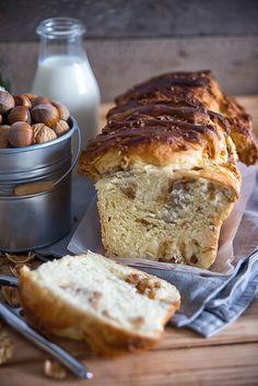 picante-jalapeno.blogspot.com: Cynamonowo-orzechowe ciasto odrywane Bread, Food, Brot, Essen, Baking, Meals, Breads, Buns, Yemek