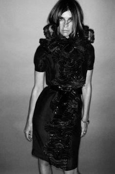 The swirl of mystery surrounding Carine Roitfeld's sudden departure from French Vogue has led to rampant speculation. 12.22.2010
