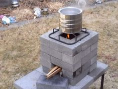 Check out the link to read more about backpacking stove. Click the link to get more information. See our exciting images. Outdoor Cooking Stove, Outdoor Stove, Fire Cooking, Outdoor Fire, Rocket Stove Design, Diy Rocket Stove, Rocket Stoves, Rocket Stove Water Heater, Brick Bbq