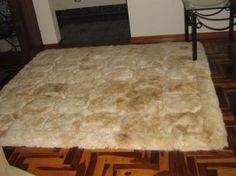 Alpaca fur carpet from Peru with a cube design