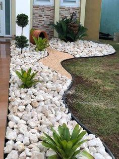 Front Yard Garden Design, Front Garden Landscape, Small Front Yard Landscaping, Garden Yard Ideas, Backyard Patio Designs, House Landscape, Small Backyard Landscaping, Small Garden Design, Landscape Design