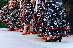 Barcelona Photoblog: Flamenco Colors: Dresses and Shoes