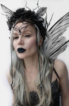 Dark Fairy Costume, Dark Costumes, Fairy Cosplay, Dark Angel Costume, Halloween Makeup, Halloween Costumes, Fairy Photoshoot, Hallowen Ideas, Fairy Crown