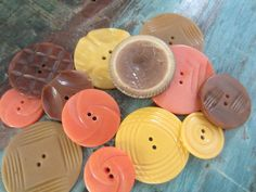 Vintage Buttons Cottage chic mix of large by pillowtalkswf, $8.95