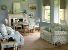 Telas en la Sala - Fabrics at the Living Room Classy Living Room, Living Room Decor, Living Rooms, Beige And White Living Room, Small Lounge Rooms, Estilo Shabby Chic, Country House Interior, Family Room Decorating, White Houses