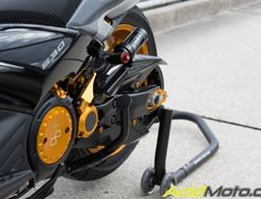 Yamaha T-Max 530 AM-1 (perso-21257-1560d5b9) Cafe Racer Honda, T Max 530, Futuristic Motorcycle, Cars And Motorcycles, Yamaha, Outdoor Power Equipment, Bikers, Iron, Sports