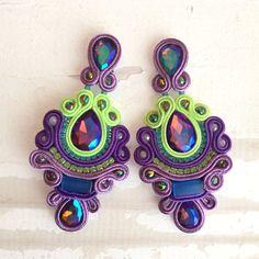 Otro de mis favoritos <3 cristales y ojo de gato #soutache #purple #green