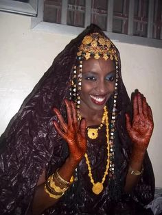 A glorious Mauritanian Bride / A striking beauty | Photographer Unknown
