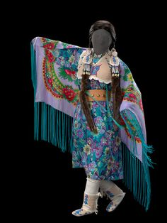 The National Museum of the American Indian's Circle of Dance collection shows the vibrant, meaningful, and diverse form of cultural expression in dance. (Photo: Ernest Amoroso)