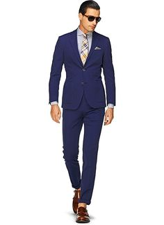 Suitsupply Suits: Soft-shoulders, great construction with a slim fit—our tailored, washed and formal suits are ideal for any situation. Gq Style, Style Men, Look Formal, Formal Suits, Suit Fashion, Mens Fashion, Preppy Men, Chevrons, Suit Shop