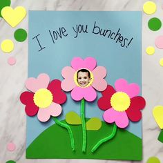 Simple Valentine's Day Photo Craft For Kids | Make this fun flower craft at home or in school. It's great for giving to grandparents, mom or dad!   #valentine #valentinesday #valentinesdaycrafts #kidscrafts #craftsforkids #kidsactivities #preschool #kindergarten #prek #teachingkindergarten #ece #earlychildhood #kids #kidsandparenting