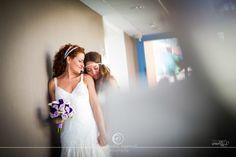 Preciosa boda entre dos mujeres en Sevilla // Beautiful wedding between two women in Spain. #bodaslesbianas #lesbianwedding #weddinginspain. More on http://www.diariodeunanovia.es