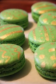 Christmas Macarons #3: Chocolate Mint