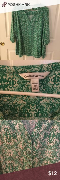 Croft & Barrow women's top Excellent condition. No wear or tear.  Light weight easy wearing. Overhead Green and white print. 5 buttons down front. croft & barrow Tops Tunics