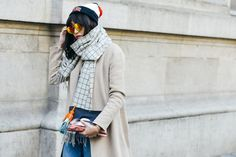 Street Style - Graphic Accessories #streetstyle #accessories