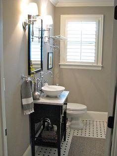 Cute Paint Ideas Small Bathroom - Home Interior and Design Downstairs Bathroom, Bathroom Renos, Small Bathroom, Bathroom Ideas, Bathroom Black, Design Bathroom, Bathroom Interior, Modern Bathroom, Sink Design