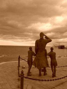 In attesa del rientro del marito pescatore - Cesenatico