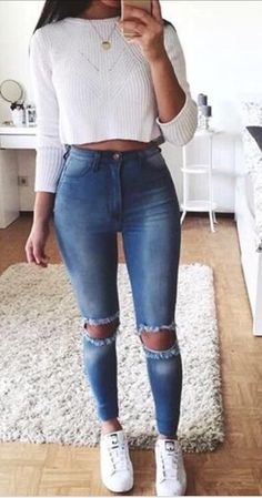 high waist jeans white crop long sleeve - accesories high waist jeans white crop long sleeve teen fashion that looks really trendy . Teenage Outfits, Teen Fashion Outfits, Fashion Mode, Mode Outfits, Jean Outfits, Outfits For Teens, Fall Outfits, Summer Outfits, Fashion 2016