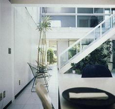 <p>Koenig Residence stairs, Brentwood, California, 1985. Architect: Pierre Koenig</p>