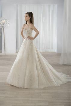 Νυφικά Φορέματα Demetrios 2016 Collection - Style 598