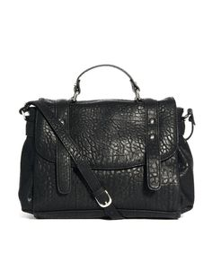 €58, Bolso de Hombre de Cuero Negro de Pieces. De Asos. Detalles: https://lookastic.com/women/shop_items/39774/redirect