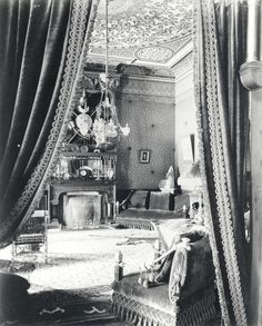 late Victorian sitting room