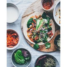 """We used to travel across Stockholm town to eat tacos in my teenage years. The """"Taco Bar"""" served nachos, tacos and enchiladas and we would snub the local burger Raw Food Recipes, Veggie Recipes, Mexican Food Recipes, Vegetarian Recipes, Cooking Recipes, Healthy Recipes, Vegetarian Tacos, Vegan Tacos, Vegan Foods"""