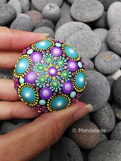 Image of mini mandala stone 2 rock art rock painting designs, mandala p Rock Painting Patterns, Rock Painting Ideas Easy, Dot Art Painting, Rock Painting Designs, Mandala Painting, Pebble Painting, Pebble Art, Mandala Art, Stone Painting