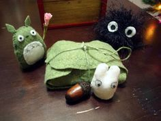 Totoros & Gift Box (with some patterns) - Image Heavy - TOYS, DOLLS AND PLAYTHINGS