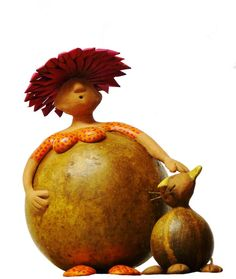 Sculpture that's very gourd Decorative Gourds, Hand Painted Gourds, Sculptures Céramiques, Sculpture Art, Paper Mache Clay, Cool Art Projects, Bird Crafts, Gourd Art, Polymer Clay Art